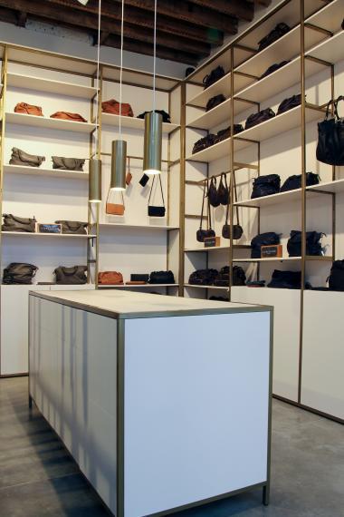 Monar&Clothes + Antwerp store - Fashion Tour - bags