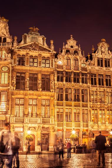Brussels + Grand Place façades + Brussels shopping tour